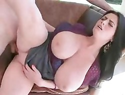 Femmes big breasted - tube porn sex gratuit