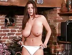 Big tits upskirt - porn hd grátis