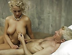 Tetas militares - video porno gratis