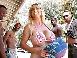 Big Tits interracial gangbang - clips de pornografia grátis